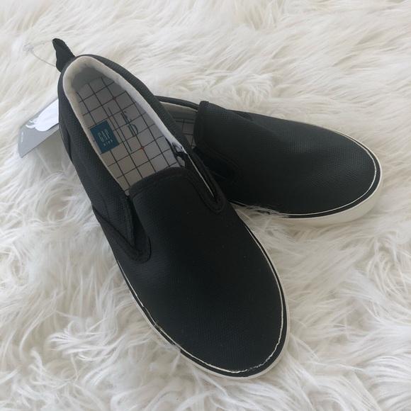 GAP Other - 📓 NWT📓 GAP ELLEN DEGENERES blk sneakers